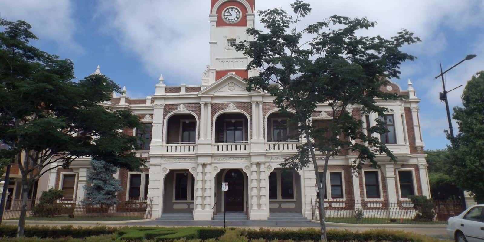 Toowoomba City Hall frontage with trees